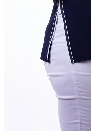 Peraluna Peraluna V Yaka Fermuar Detaylı Lacivert Renk Kolsuz Yazlık Triko Bluz Lacivert